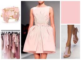 <b>Розовый</b> цвет в одежде - основные сочетания, обувь и аксессуары