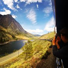All Aboard! 5 Reasons to Ride the Rocky Mountaineer Now - Angie ...