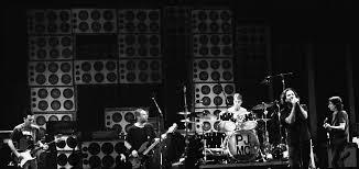 <b>Pearl Jam</b> - Wikipedia