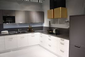 Kitchen Cabinet Bar Handles Change Up Your Space With New Kitchen Cabinet Handles