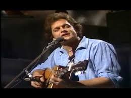 Harry Chapin - <b>Cat's</b> in the Cradle 1977 - YouTube