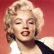 Marilyn Monroe - Film Actress, Classic Pin-Ups - Biography.com