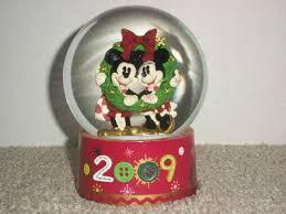 <b>Disney</b> 2009 <b>Mickey</b> & <b>Minnie</b> Christmas <b>Snow</b> Globe for sale online ...