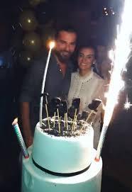Engin Altan Düzyatan'a eşinden sürpriz doğum günü