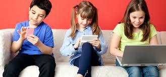 cep telefonlu çocuk resimleri ile ilgili görsel sonucu
