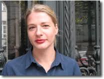 Katja Krause neue DAV Programmleiterin / DAV-GF Claudia Gehre hat das Haus verlassen. Bereits zum 1. November hat Katja Krause (34) die neu geschaffene ... - img_7498