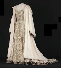 Dressing <b>Maria Callas</b> — Google Arts & Culture