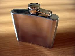 <b>Hip flask</b> - Wikipedia