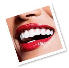 Joli Rouge Lacquer - <b>Clarins</b>