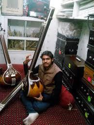 <b>Male</b> Tanpura Tambura With Fiber Box Indian <b>Musical Instrument</b> ...