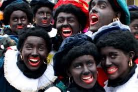Resultado de imagem para papai noel holandes ajudantes negros