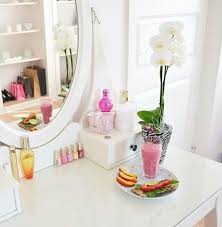 feb 19 the best lighting for your makeup mirror best lighting for makeup vanity