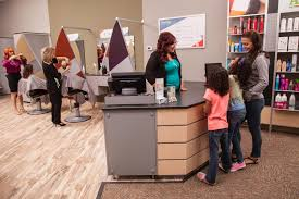 great clips reviews glassdoor great clips photo of stylists great clips photo of welcoming customers