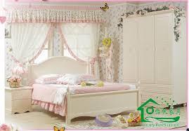 pine bedroom ideas white