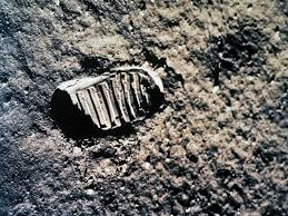 <b>Brian Eno's</b> Soundtrack for the <b>Apollo</b> 11 Moon Landing — Blog of ...