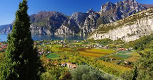 Отели рядом с Fiera di Riva del Garda (Река Гарда) - KAYAK