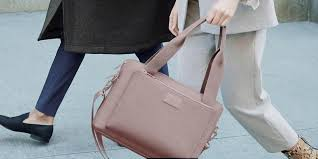 The best laptop <b>bag for women</b> in <b>2019</b>: Dagne Dover, Everlane ...