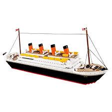 LEGO Titanic: Amazon.com