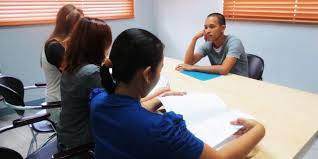 tips for your interview goabroad com bored is never a good emotion to portray photo by john kyle de guzman