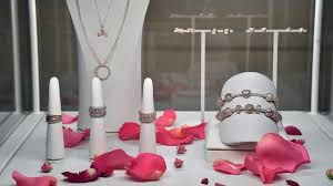 <b>Valentine's Day Jewelry</b> for the Ambiguously Monogamous | The ...