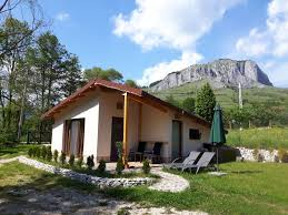 Cottage - Studio <b>1 - 2 person</b> in Transylvania Has <b>Outdoor</b> Dining ...