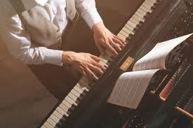 10 Easy Yet Impressive Piano <b>Pieces</b> to Charm Your Audience