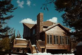 Lethbridge Roof Repairs & Inspections • <b>Top House</b> Roofing