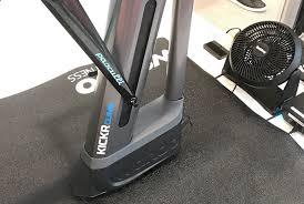 Система для <b>велотренажера Kickr Climb</b> имитирует подъемы и ...
