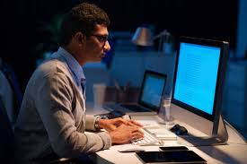 workaholic signs are you working too much reader s digest you re the first one in and the last one out of the office
