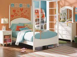 Of Girls Bedroom Bedroom Decor Stunning Girls Bedroom Decor With Using White Wood