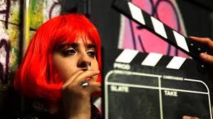 <b>Yasmina est</b> actrice et réalisatrice. Elle a joué dans l'Abaya d'Ingrid <b>...</b> - oltc-4