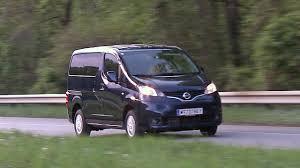 <b>Nissan NV200 Evalia</b> - YouTube