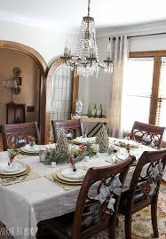 Christmas Dining Room 5 Tips For Decorating The Dining Room For Christmas
