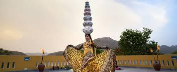 Experience Royal Rajasthani <b>Theme Evening</b> With Club Mahindra