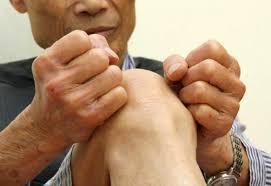 Image result for chăm sóc sức khỏe của người già