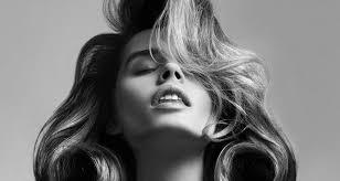 Выяснили: как работают средства для <b>объема</b> волос