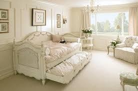 shabby chic small bedroom ideas cheap chic small bedroom ideas