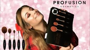<b>PROFUSION DELUXE PRO BRUSH</b> VAULT - YouTube