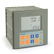 <b>Panel</b>-<b>mounted</b> pH Digital Controller with Matching Pin - pH500