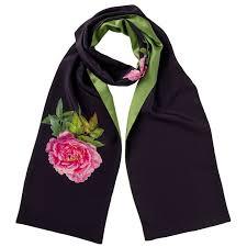 <b>Women's Designer Scarves</b>