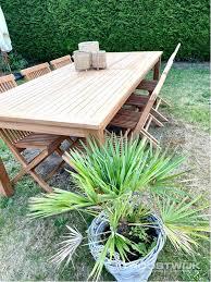 teak <b>garden table with</b> 8 <b>folding</b> chairs - Troostwijk