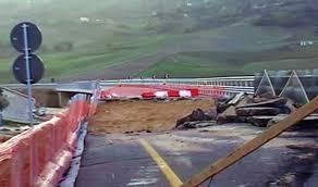 Risultati immagini per crollo viadotto
