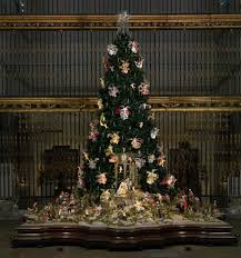 <b>Christmas Tree</b> and Neapolitan Baroque Crèche | The Metropolitan ...