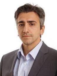 Dr. Cemal Karakas ist Politikwissenschaftler und arbeitet als Wissenschaftlicher Mitarbeiter in der Hessischen Stiftung Friedens- und Konfliktforschung ... - Karakas-privat