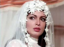 Amar Akbar Anthony-Shabana Azmi.jpg. They're all gorgeous, at least according to Bollywood norms of the time. - Amar_20Akbar_20Anthony-Shabana_20Azmi