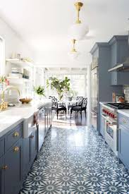 Small Kitchen Living Room 17 Best Ideas About Small Open Kitchens On Pinterest Kitchen