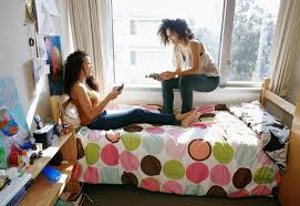 pros and cons of massive open online courses pros and cons of having a college roommate