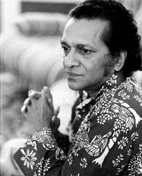 Sitar player Ravi Shankar has died at 92. Indian musician and composer Ravi Shankar, London, 1974. (Photo by Michael Putland/Getty Images) - file-sitar-player-ravi-shankar-dies-at-92-ay_99659884-e1355302900346