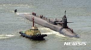 「、米原潜は釜山入港」の画像検索結果