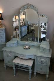 1000 ideas about vintage dressers on pinterest knobs cabinets and dressers beautiful home furniture ideas vintage vanity
